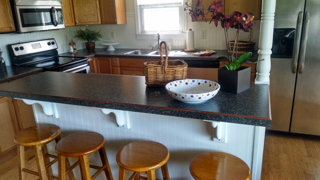 Custom Island & Countertops